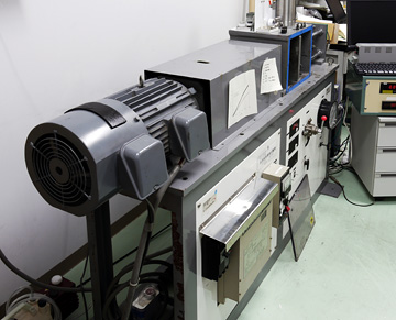 Rotary-shear high-speed frictional testing machine